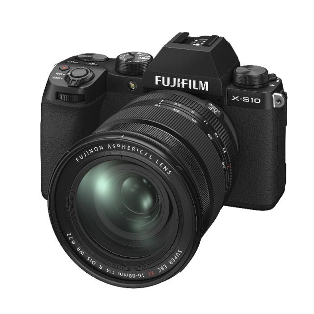 Fujifilm X-S10 + XF 16-80 mm f/4,0 R OIS WR, Black