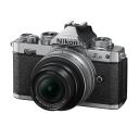 Nikon Z fc + Z DX 16–50 mm f/3,5–6,3 VR