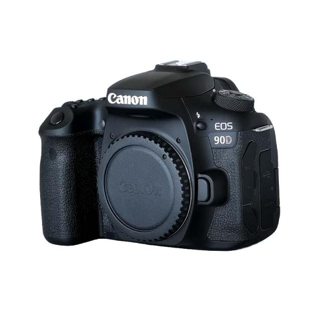 Canon EOS 90D Body  Оштећен пакет