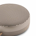 Bang & Olufsen BeoPlay A1, Clay.Picture3