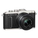 Olympus E-PL8 + M.Zuiko 14-42 mm f/3,5-5,6 II R, Black.Picture2