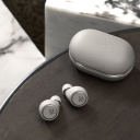 Bang & Olufsen Beoplay E8 3rd Grey Mist.Picture3